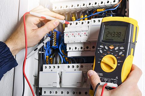 multimeter is used to check fuses